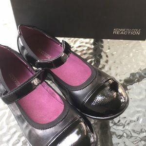 Size 3.5 girls black dress shoes